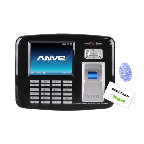 OA1000: biometrico, RFID, codice PIN, fotocamera e WinCE.